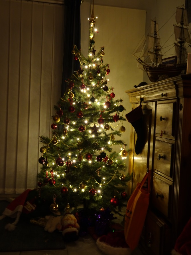 It was Christmas morning and all through thehouse…..