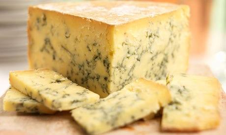 Stilton-blue-cheese-007