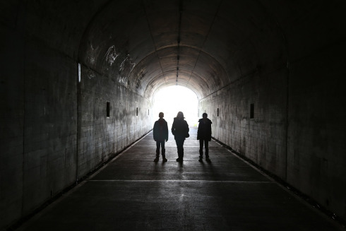 tunnel-2879921_1280
