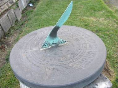 sundial-foster-hill-road-cemetery