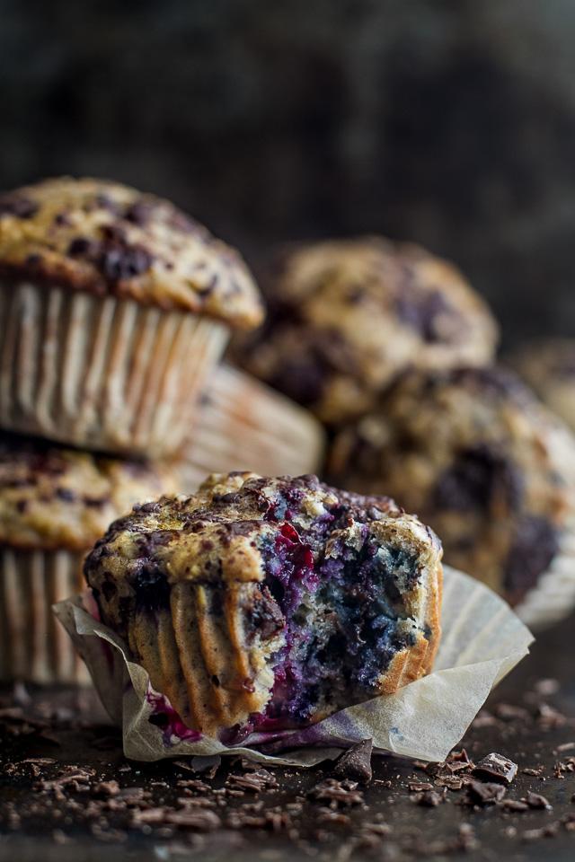 Dark-Chocolate-Blueberry-Banana-Oat-Muffins5