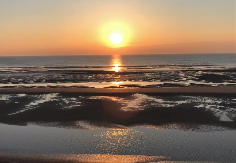 sun-on-the-sea